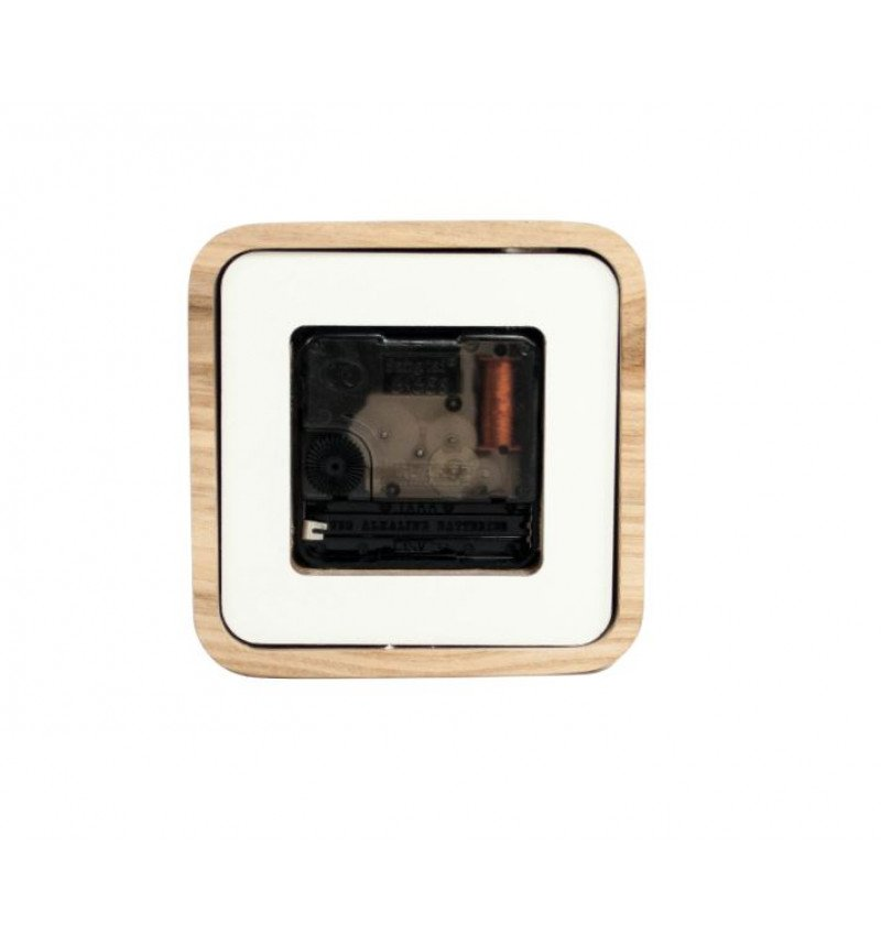 Kvadrato formos medinis sieninis laikrodis
