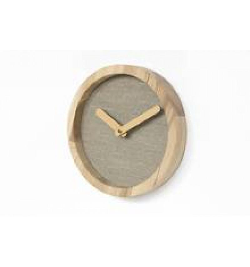 Apvalios formos šviesus medinis sieninis laikrodis