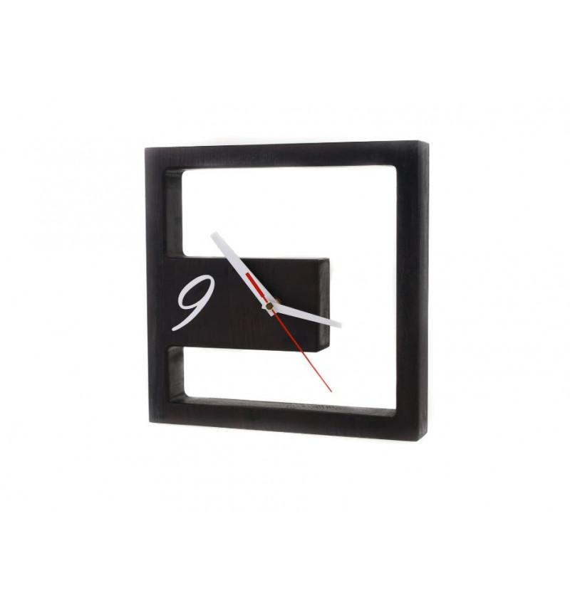 Medinis juodas stalo laikrodis