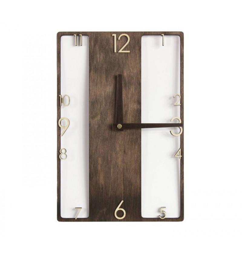 Medinis sieninis laikrodis