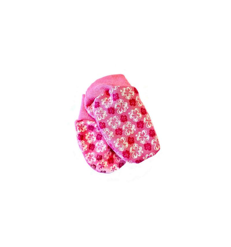Rožinės pirštinaitės