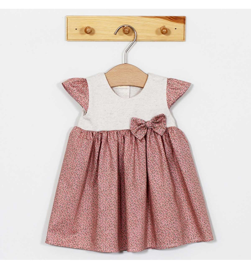 Vilaurita gėlėta suknelė su kaspinėliu