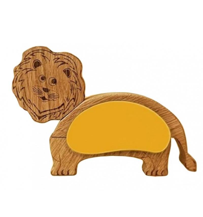 Medinis liūtas